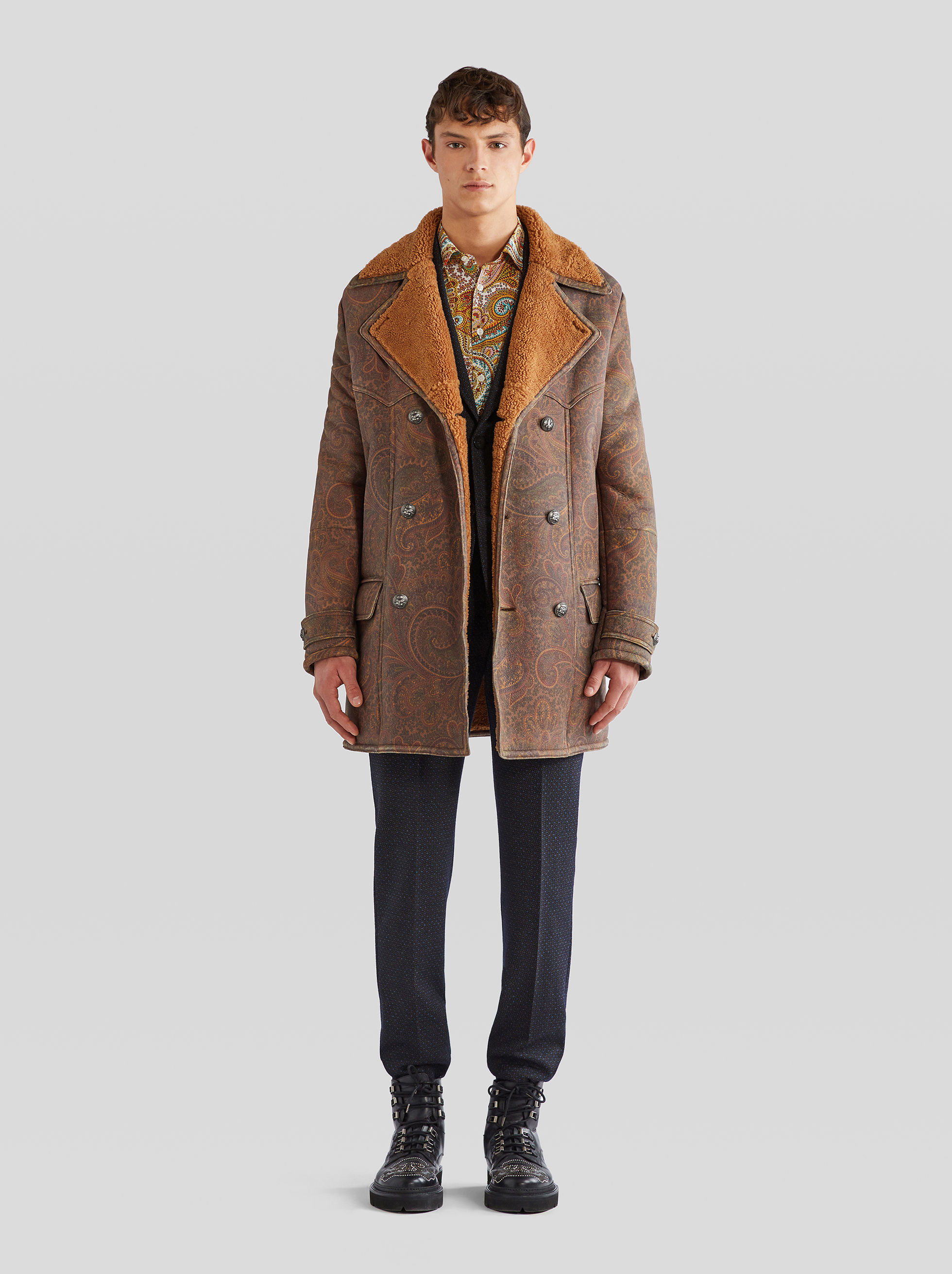 DOUBLE-BREASTED NAPPA FINISH SHEEPSKIN COAT