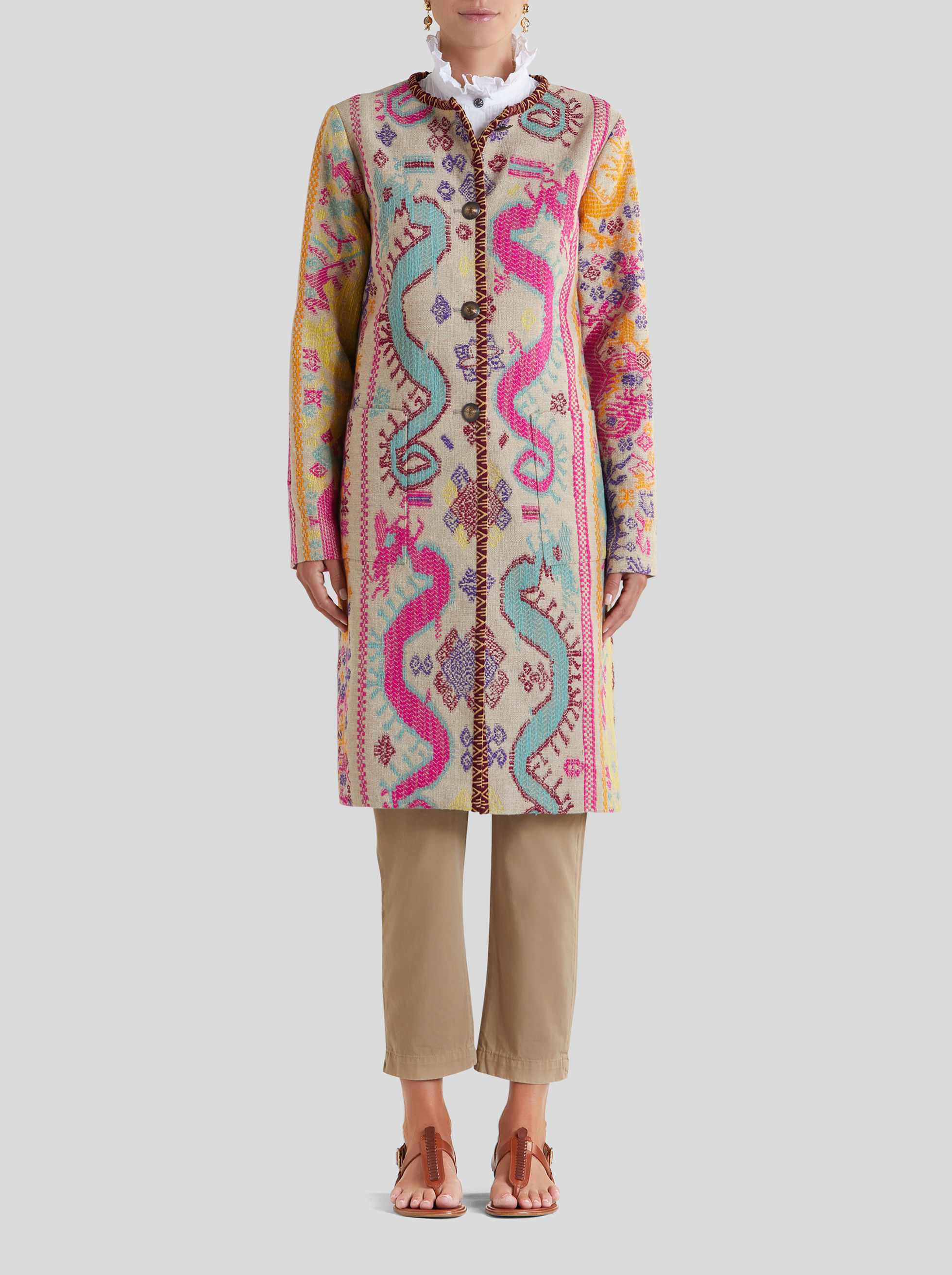LIGHT EMBROIDERED JACQUARD COAT
