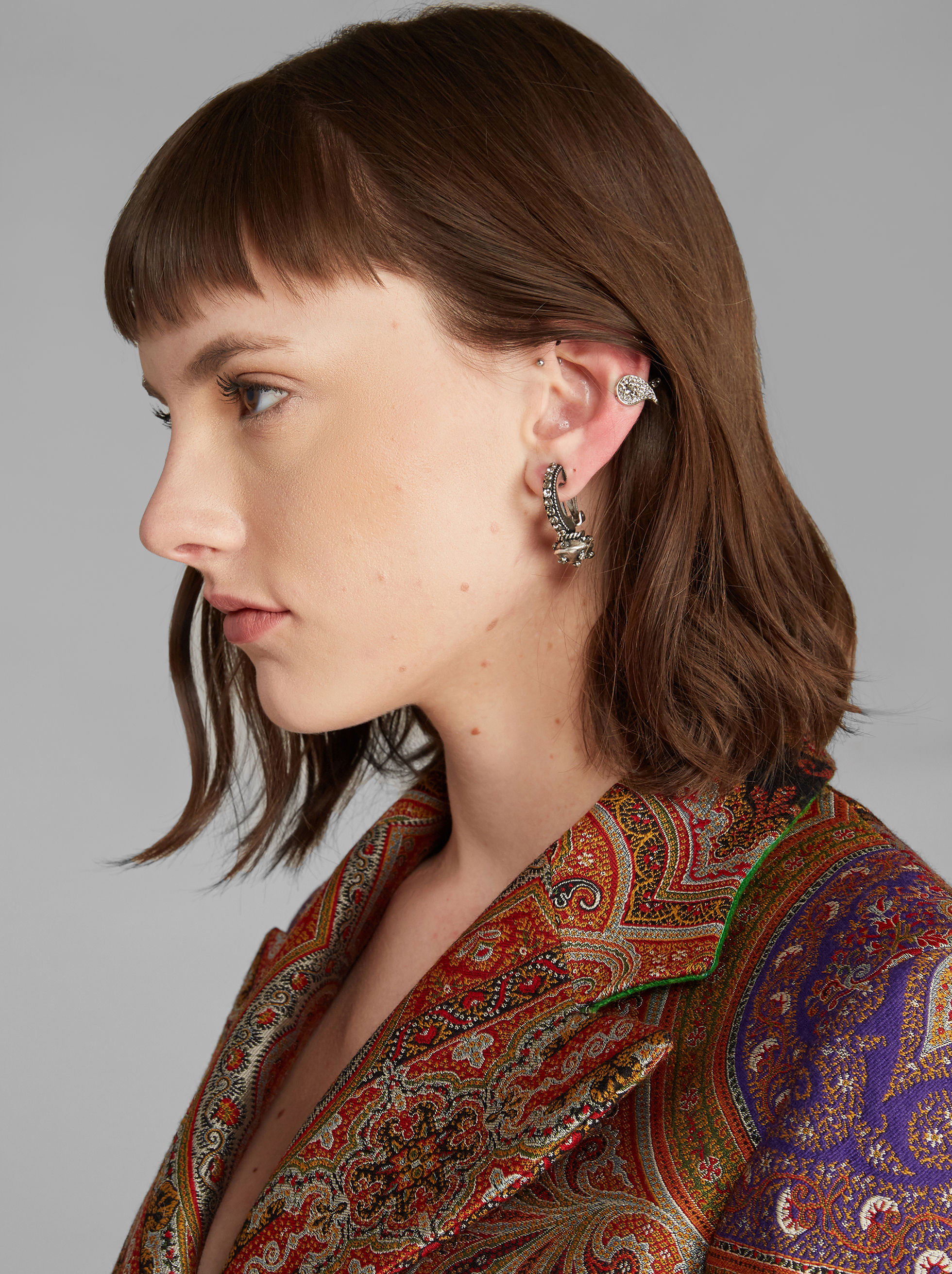 PAISLEY PIERCING WITH CRYSTALS