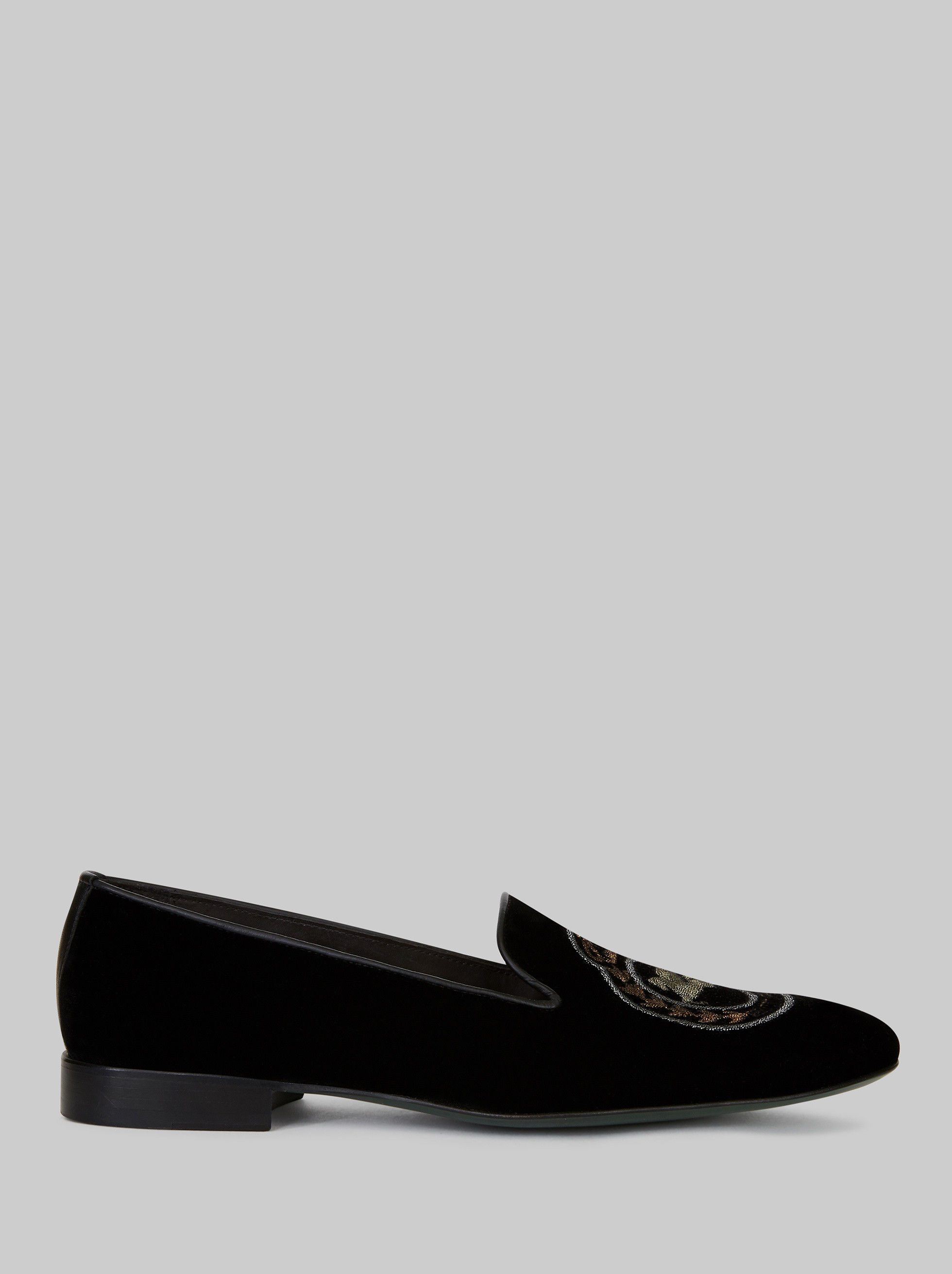 LOAFERS WITH EMBROIDERED PEGASO