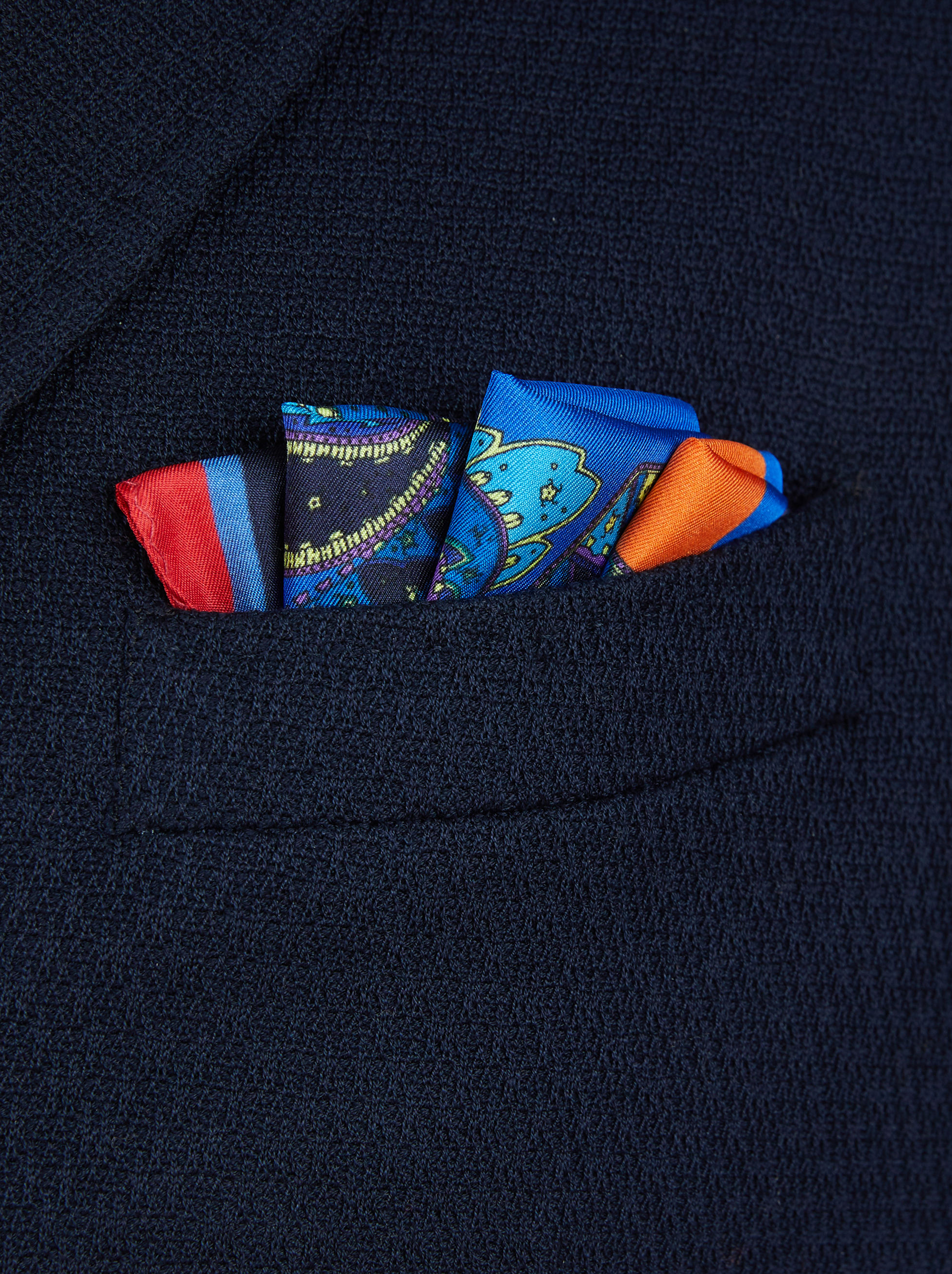 POCKET SQUARE WITH PEGASO PRINT