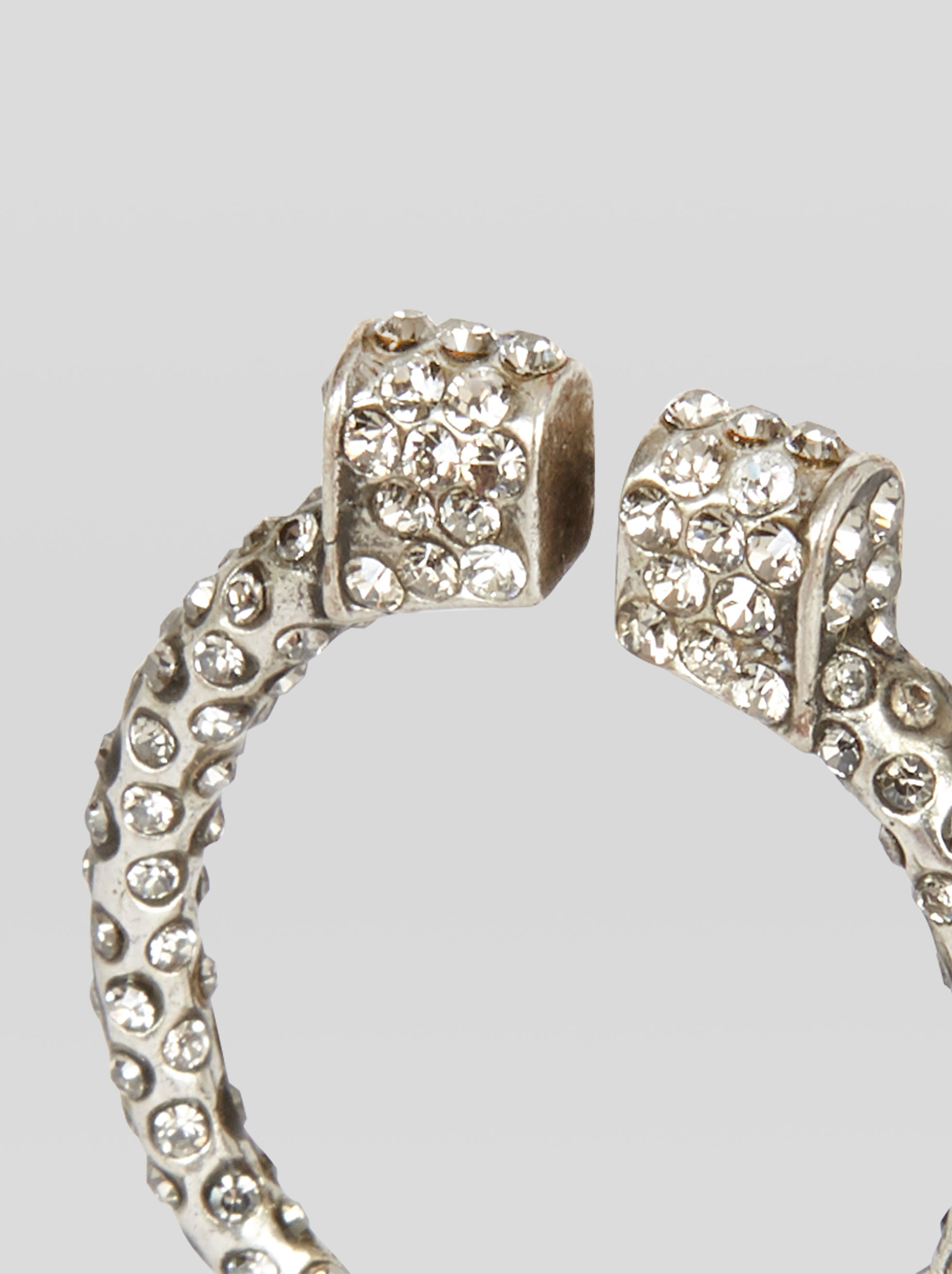 RING WITH RHINESTONES