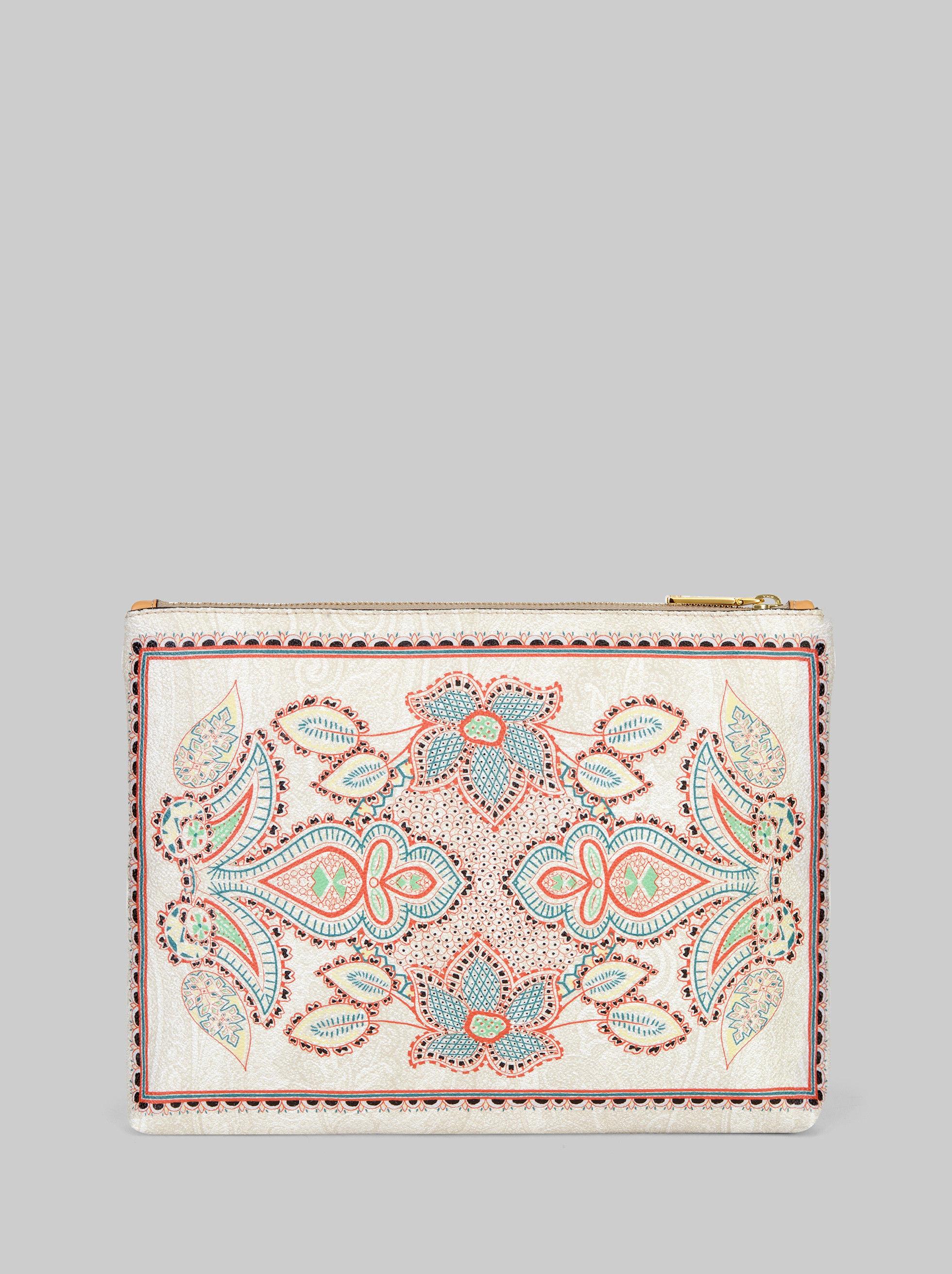 POUCH WITH FLOWER PRINT