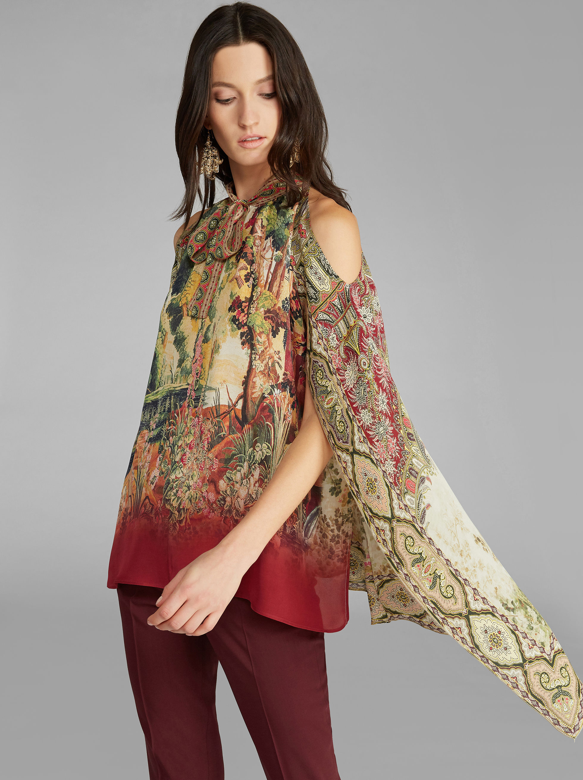 SILK TOP WITH DETACHABLE CAPE
