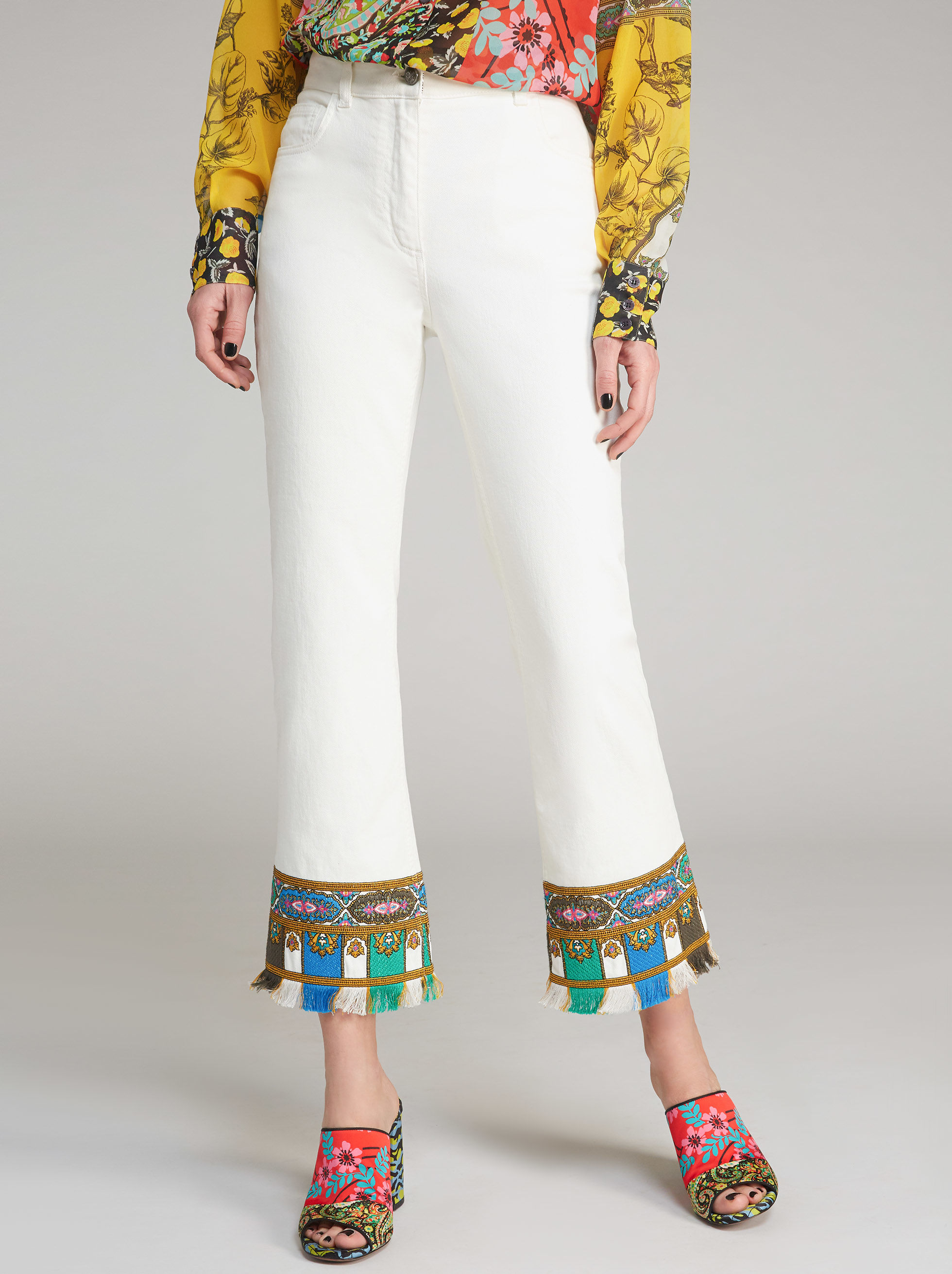 FLARED JEANS WITH PAISLEY-PRINT DETAILS