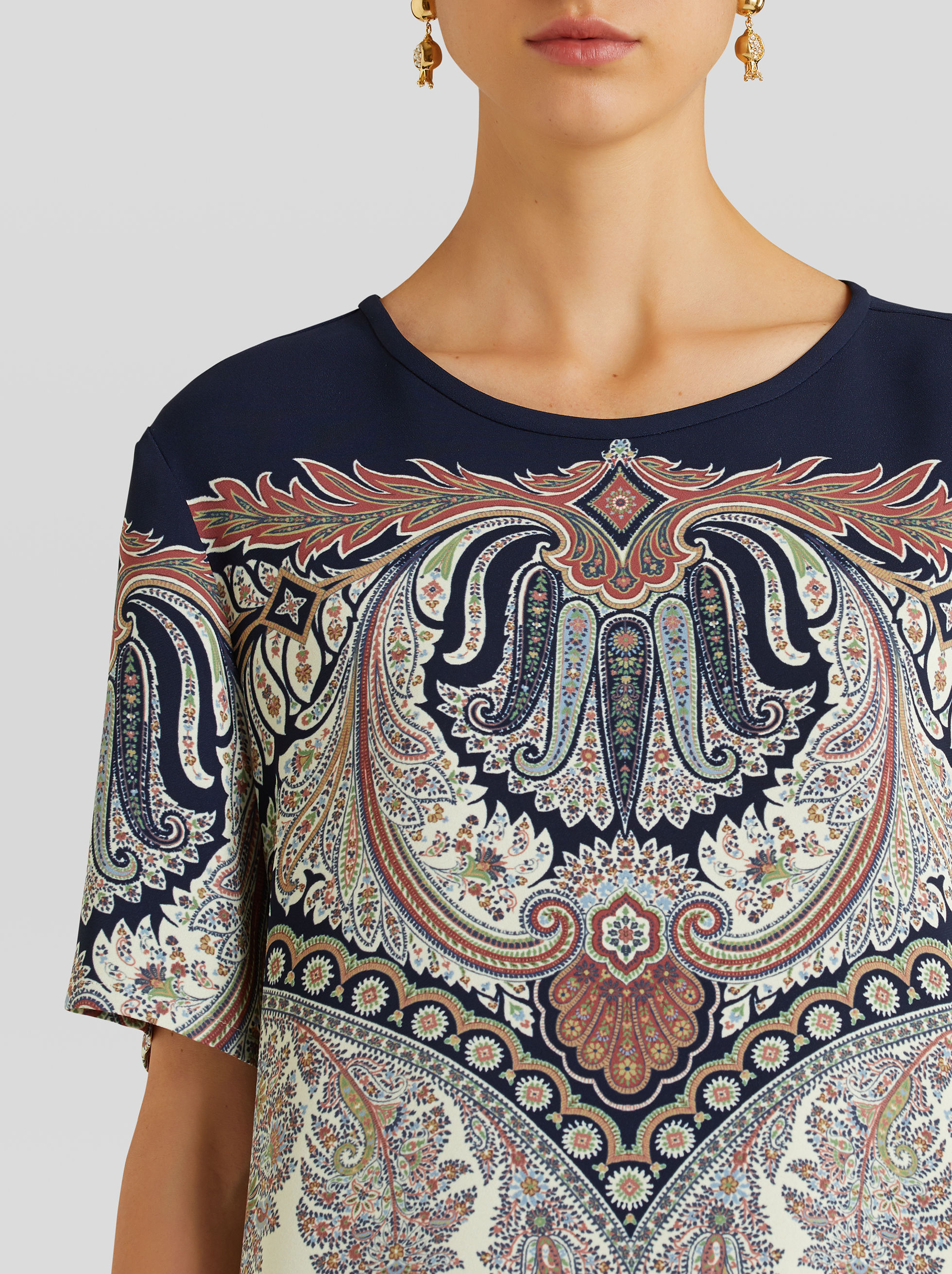 TOP CON STAMPA PAISLEY FLOREALE