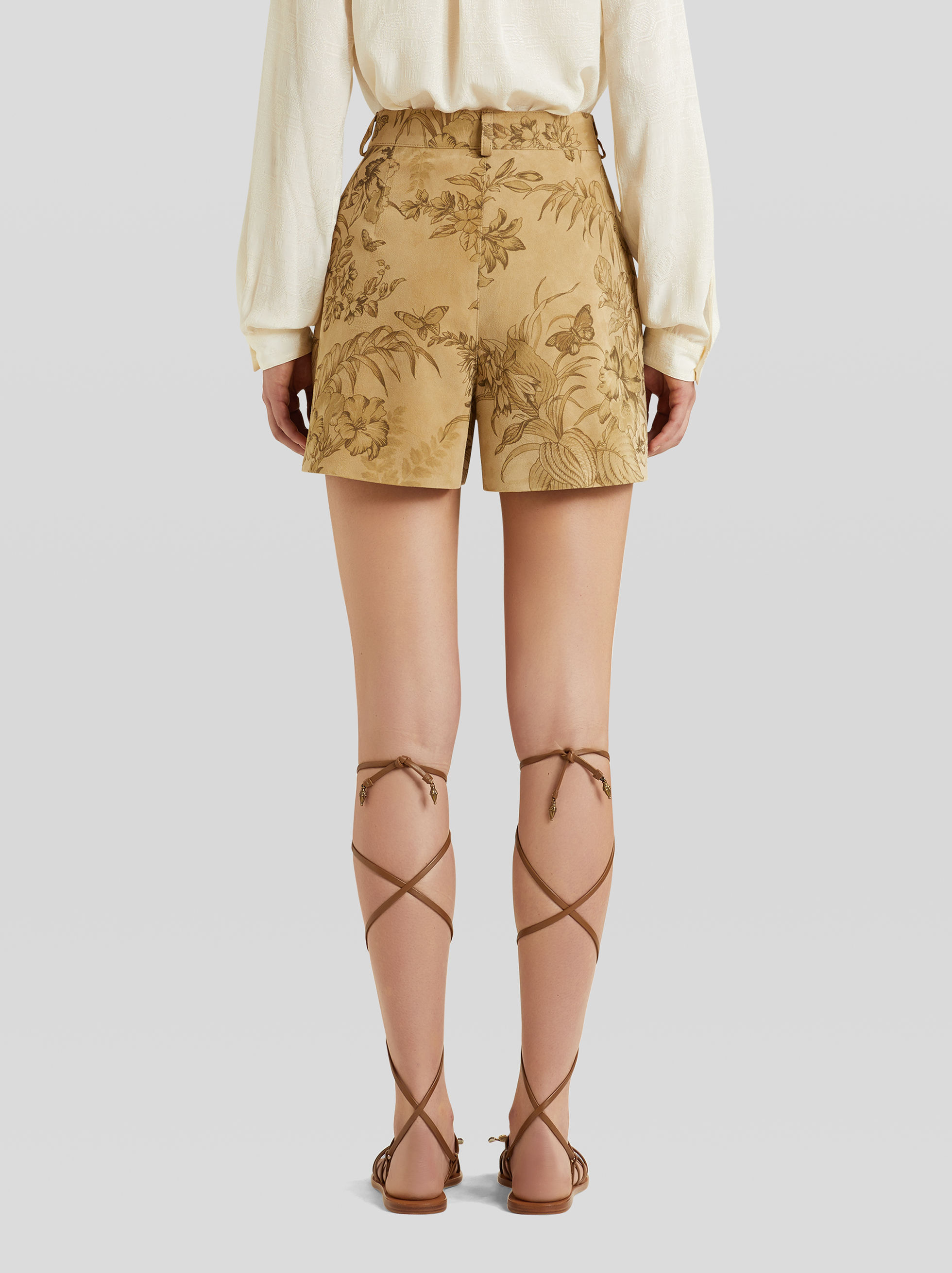 LEAFY DESIGN LEATHER SHORTS