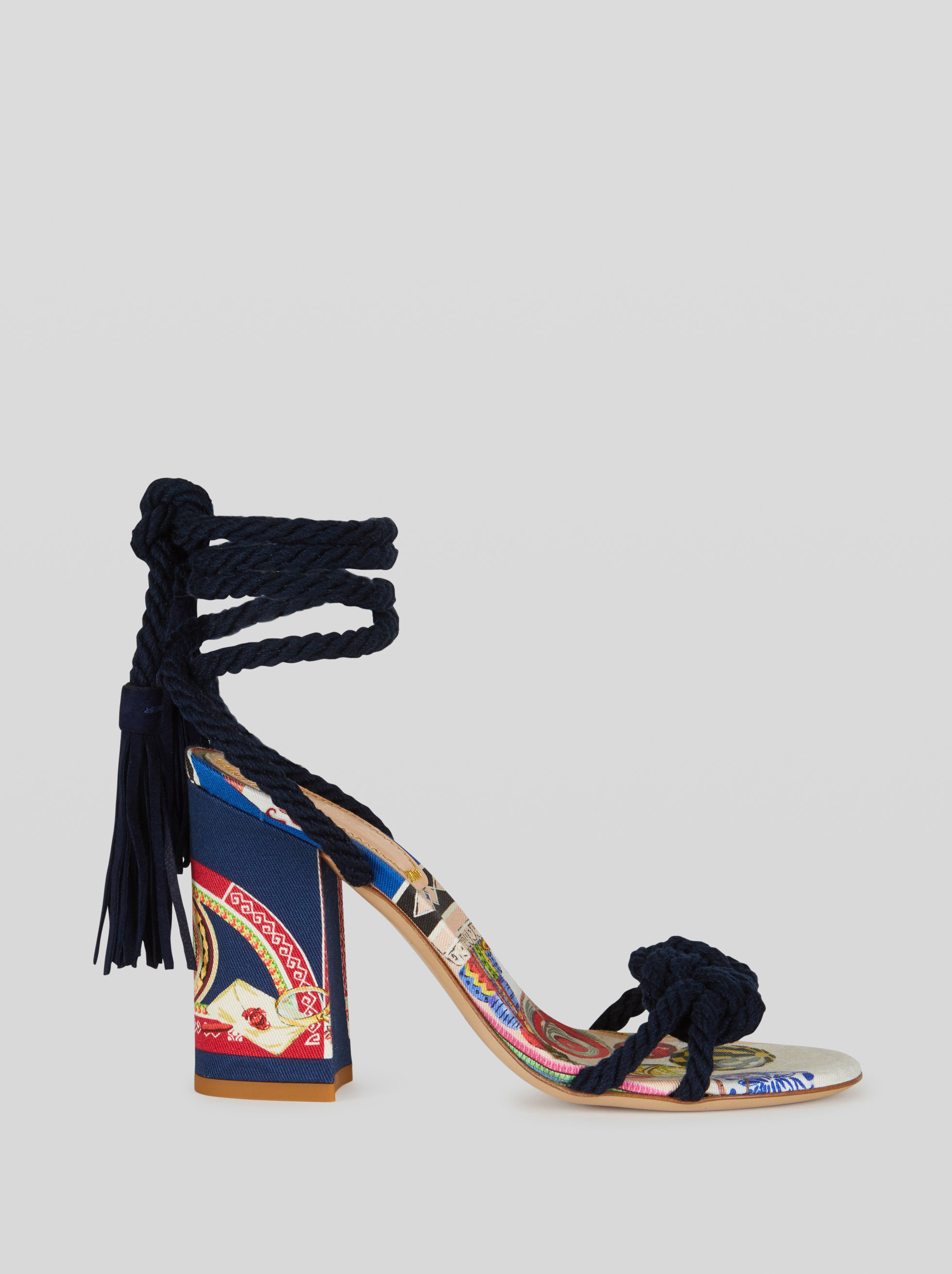 SANDALS PRINTED WITH NAUTICAL KNOT