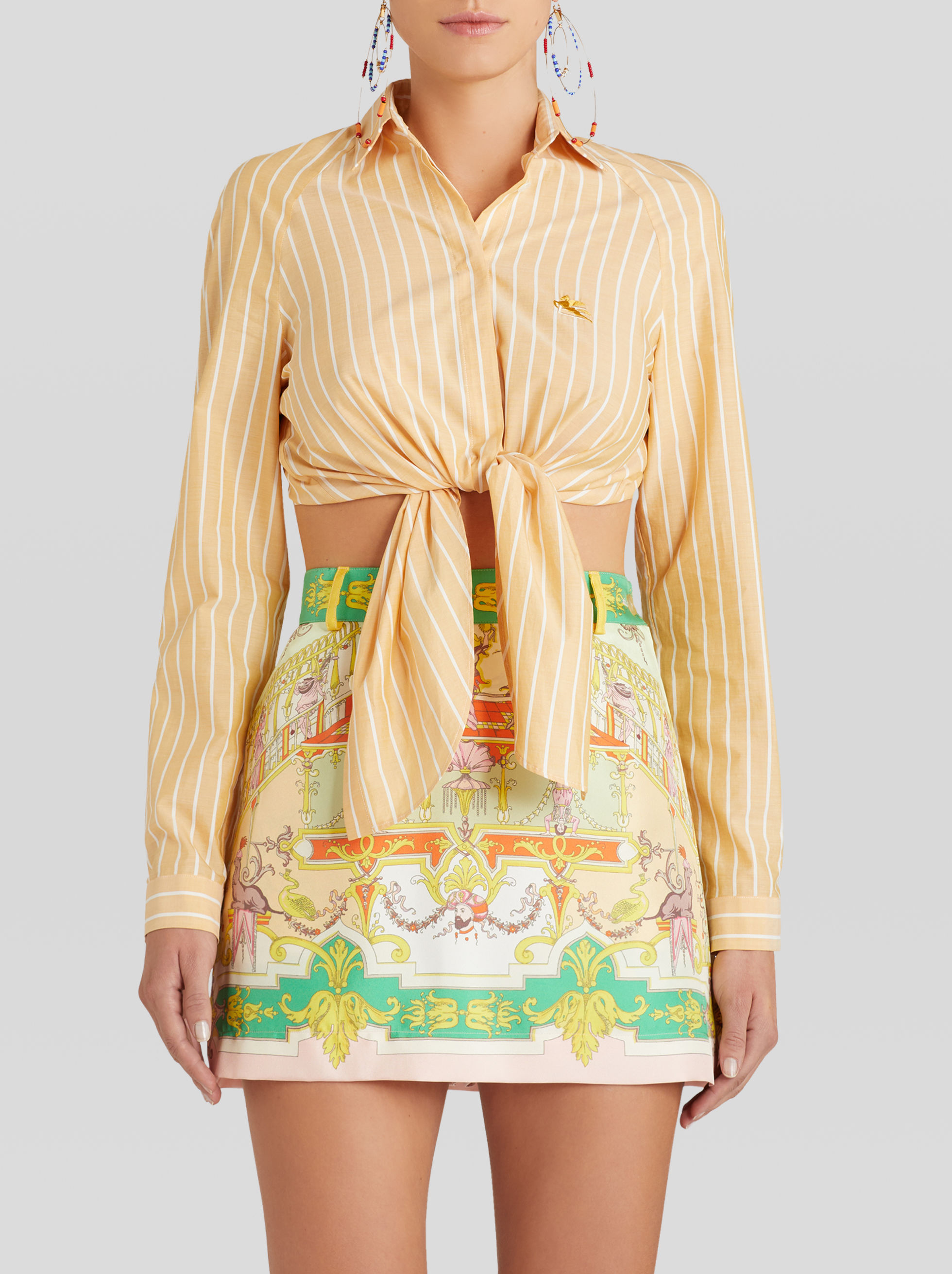 STRIPED TOP WITH EMBROIDERED PEGASO