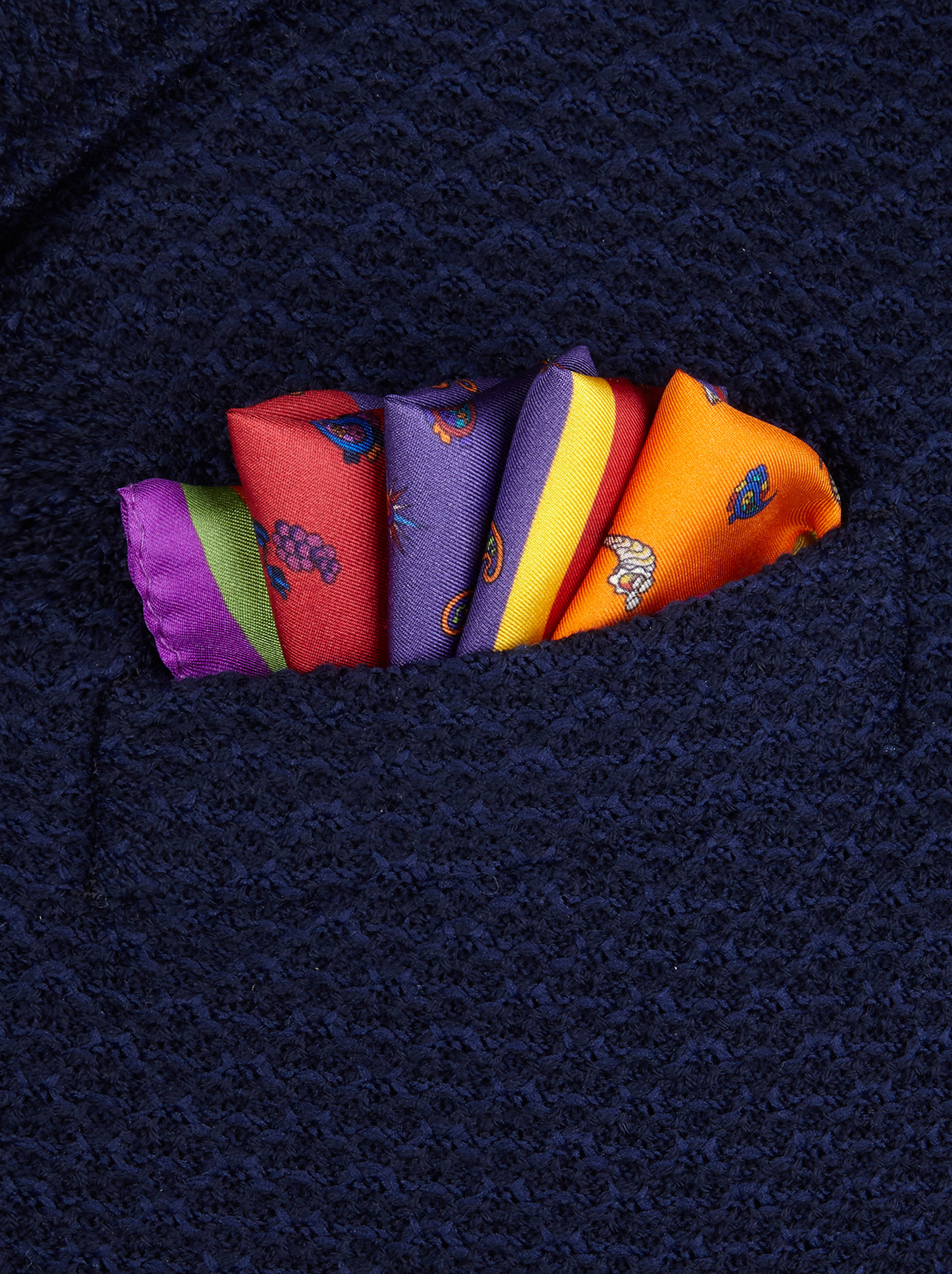 OLYMPUS-PRINT POCKET SQUARE