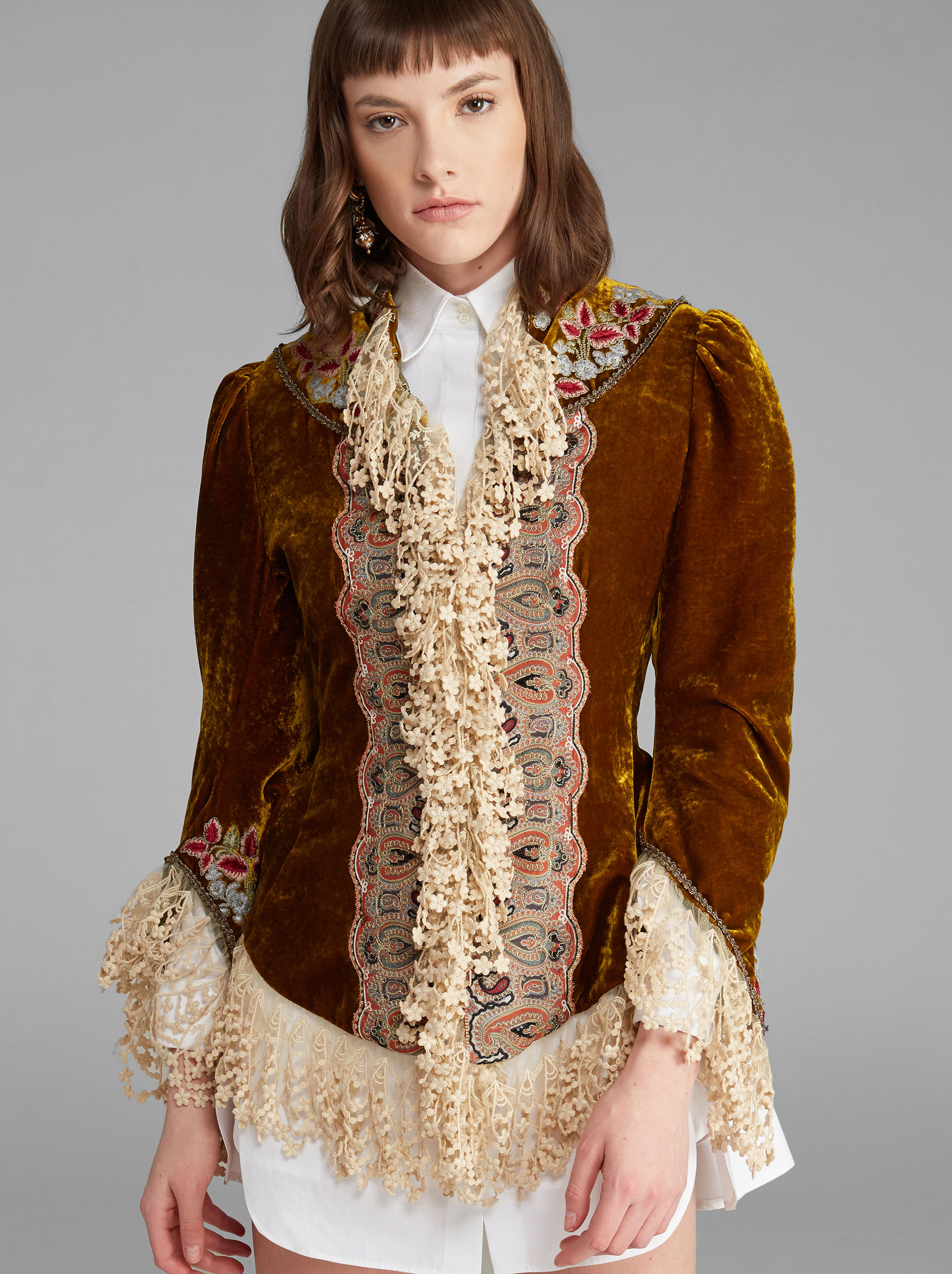 VELVET JACKET WITH LACE EMBROIDERIES